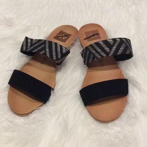 DV for Target Sandals, NWOT